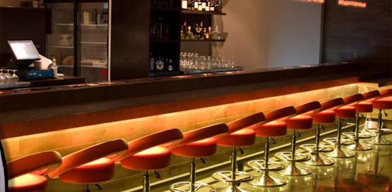 Salute wine bar santa monica bars in santa for Food bar santa monica